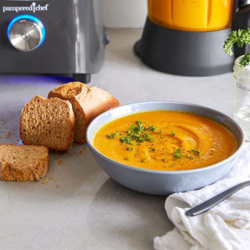 Fruchtige Möhren-Zimt-Suppe